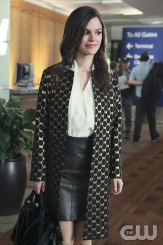 """""""Disaster Drills and Departures"""" - Pictured: Rachel Bilson as Dr. Zoe Hart in HART OF DIXIE on THE CW. Photo: Danny Feld/The CW ©2011 The CW Network. All Rights Reserved."""