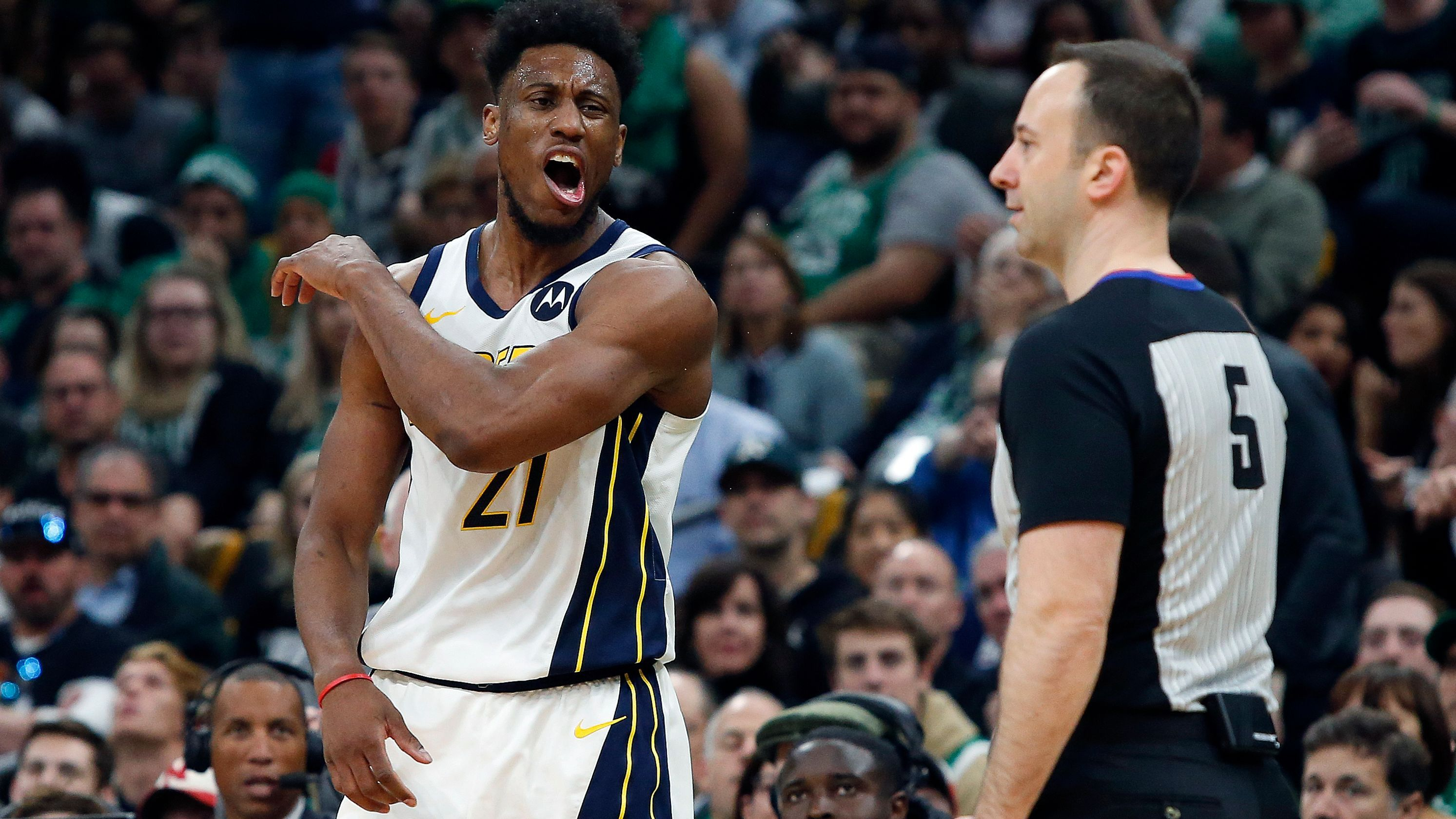 Pacers Can T Score Against Celtics In Second Half Of Game 1 Loss Game 1 Celtic Loss