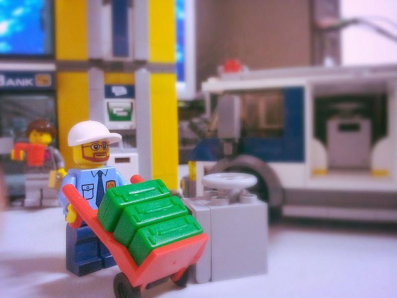 [Lego City] 현금수송차량 - 김태선