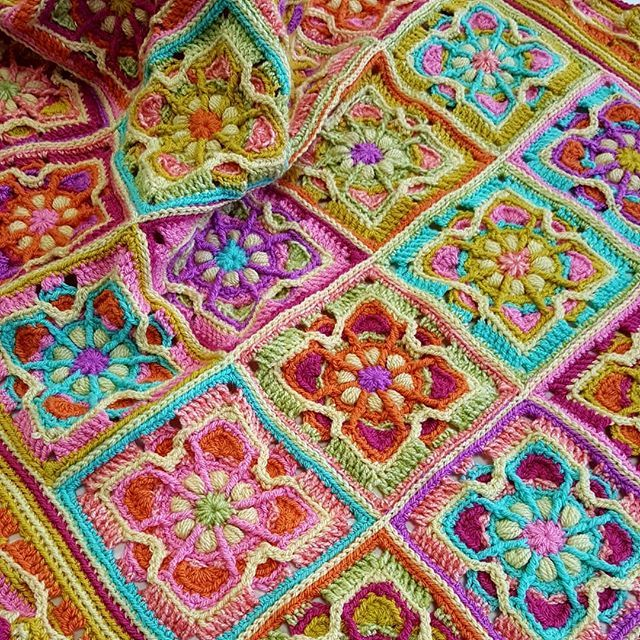 All done! My last blanket of 2017! #blanket #stylecraft #crochet ...