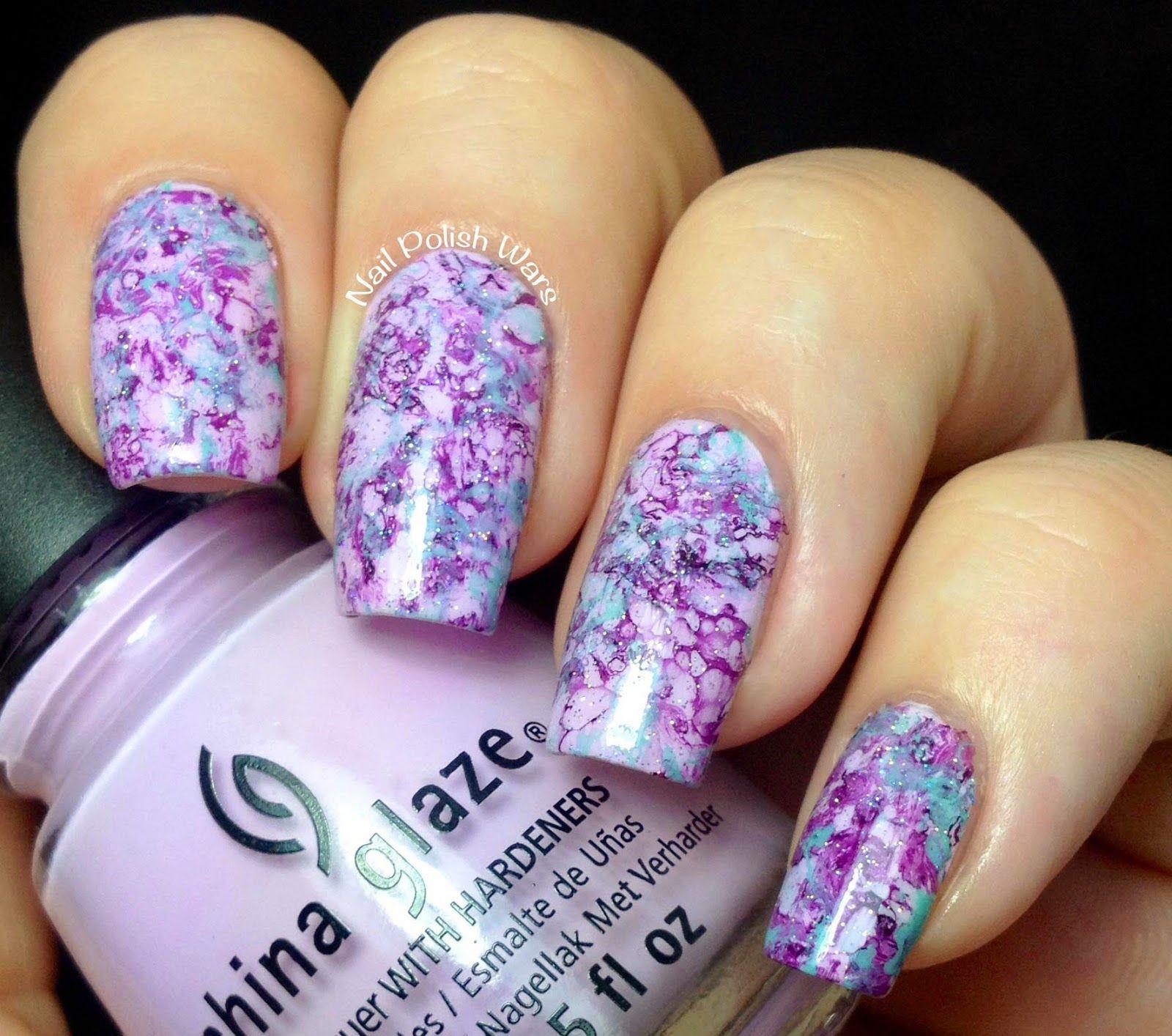 Nail polish wars candy dipped nail art using spray alcohol method