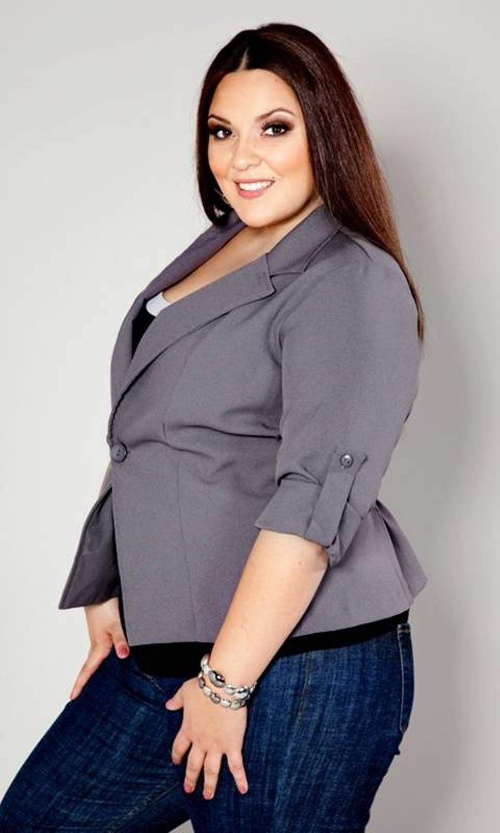 Whether you're looking for plus size fashion with ultra-sophistication or indisputable sexiness, Monif C. Plus Sizes apparel is the best place to find the hottest trends in plus size dresses, plus size jumpsuits and plus size swimwear.