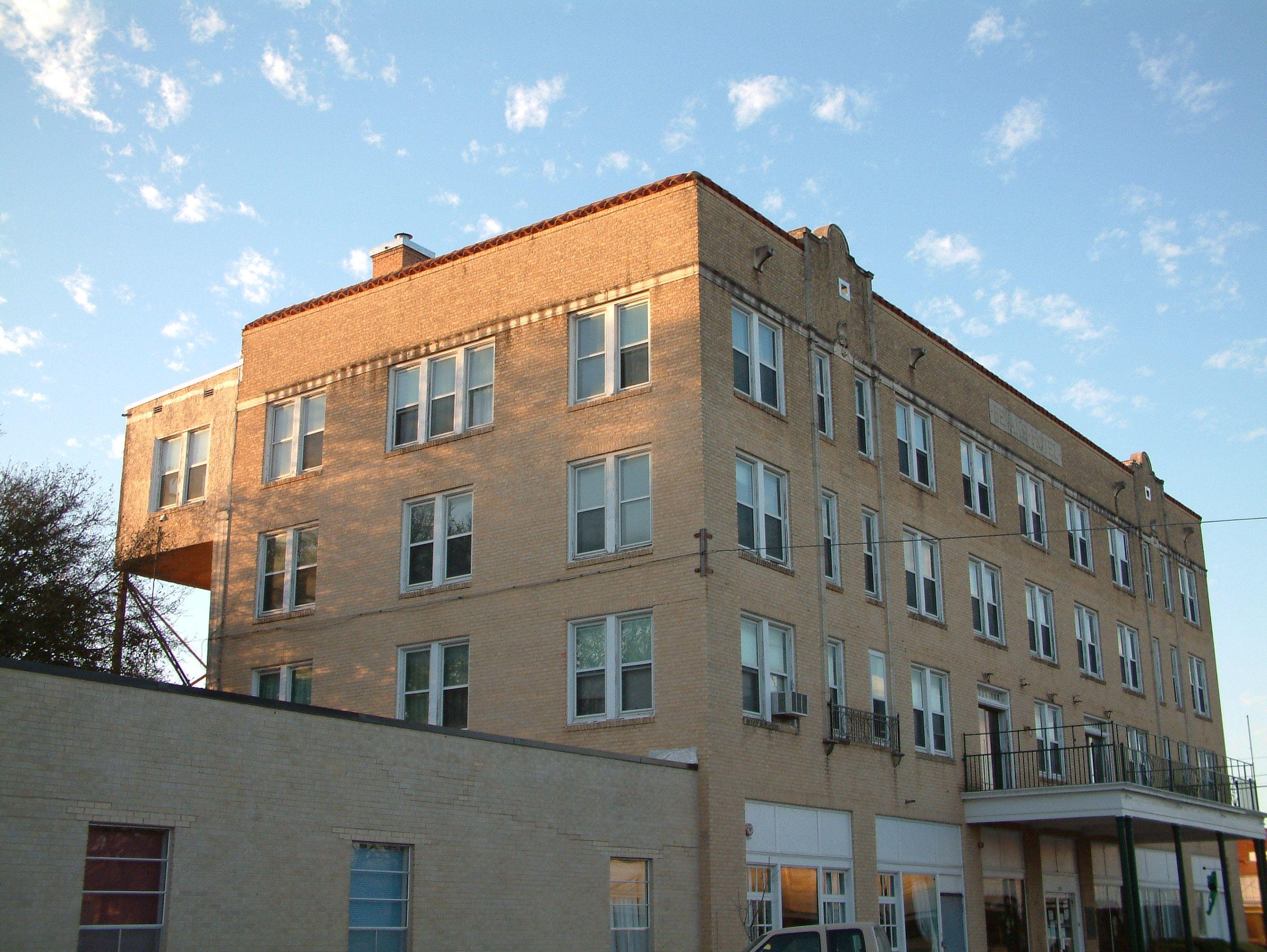 Belvins Hotel Menard Texas