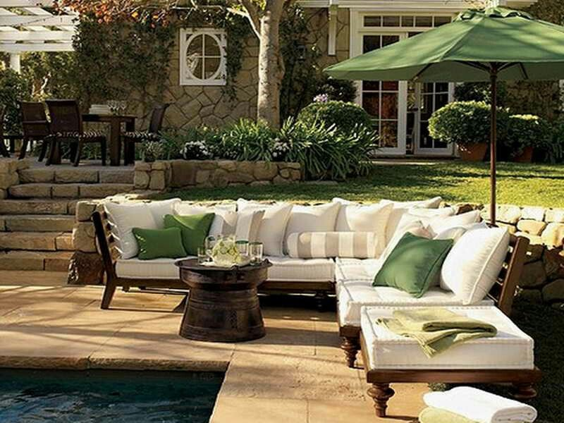 This space would be great for those summertime gatherings.