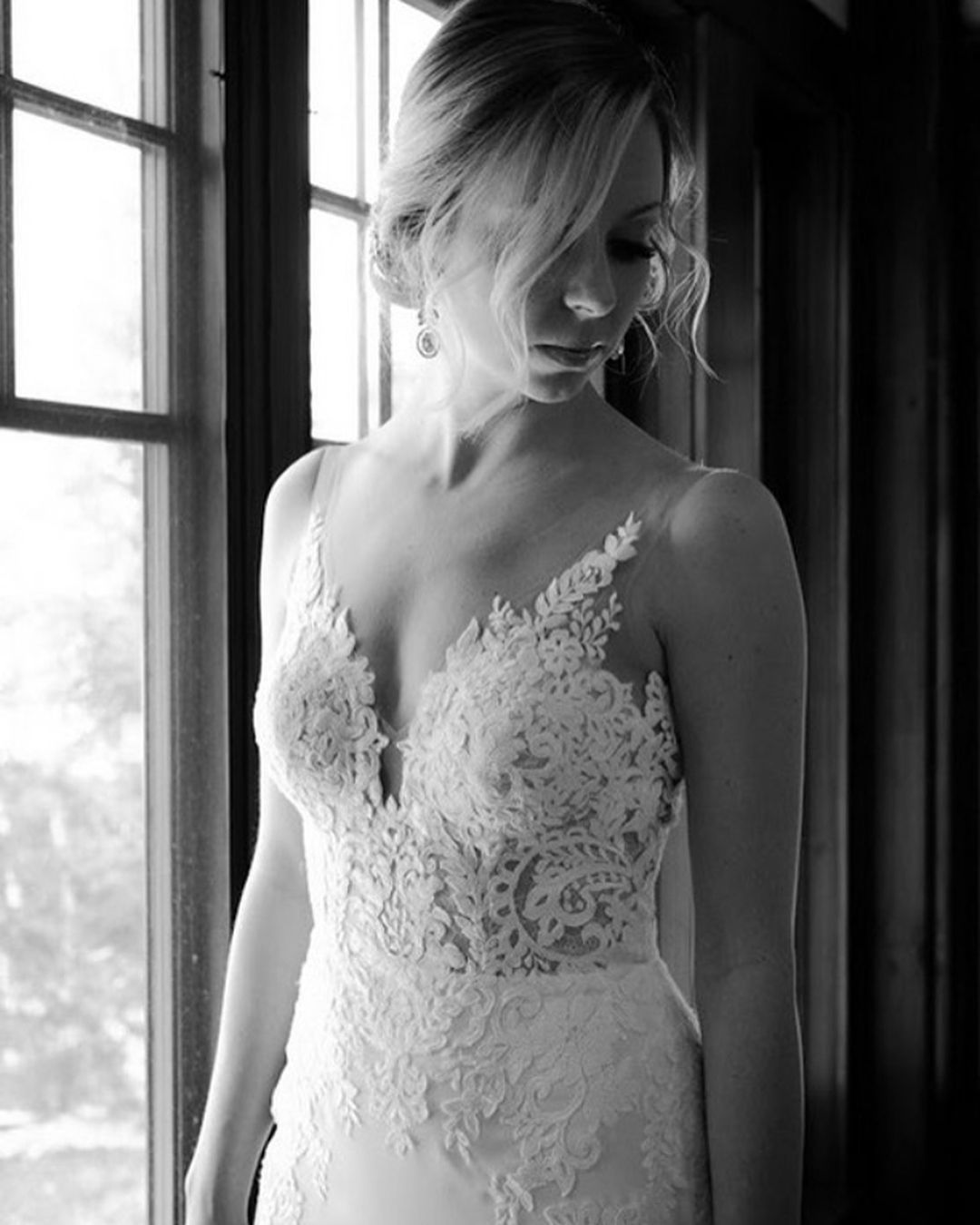 Real Brides Wearing Stella York: #WeddingWednesday With One Of Our Beautiful Brides