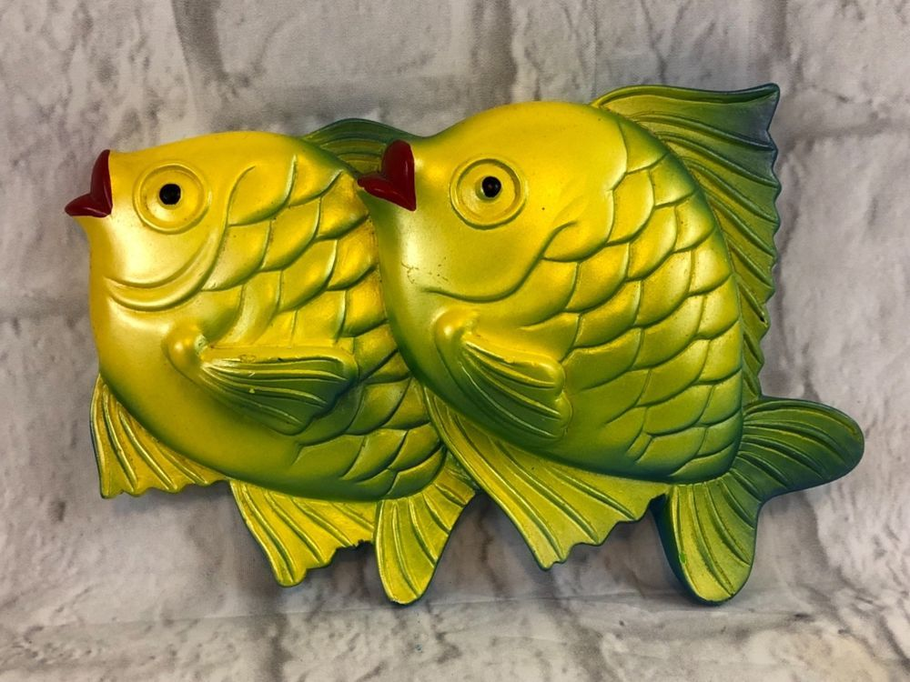 Chalkware Vintage Tropical Fish Yellow Green Red Lips Wall Decor