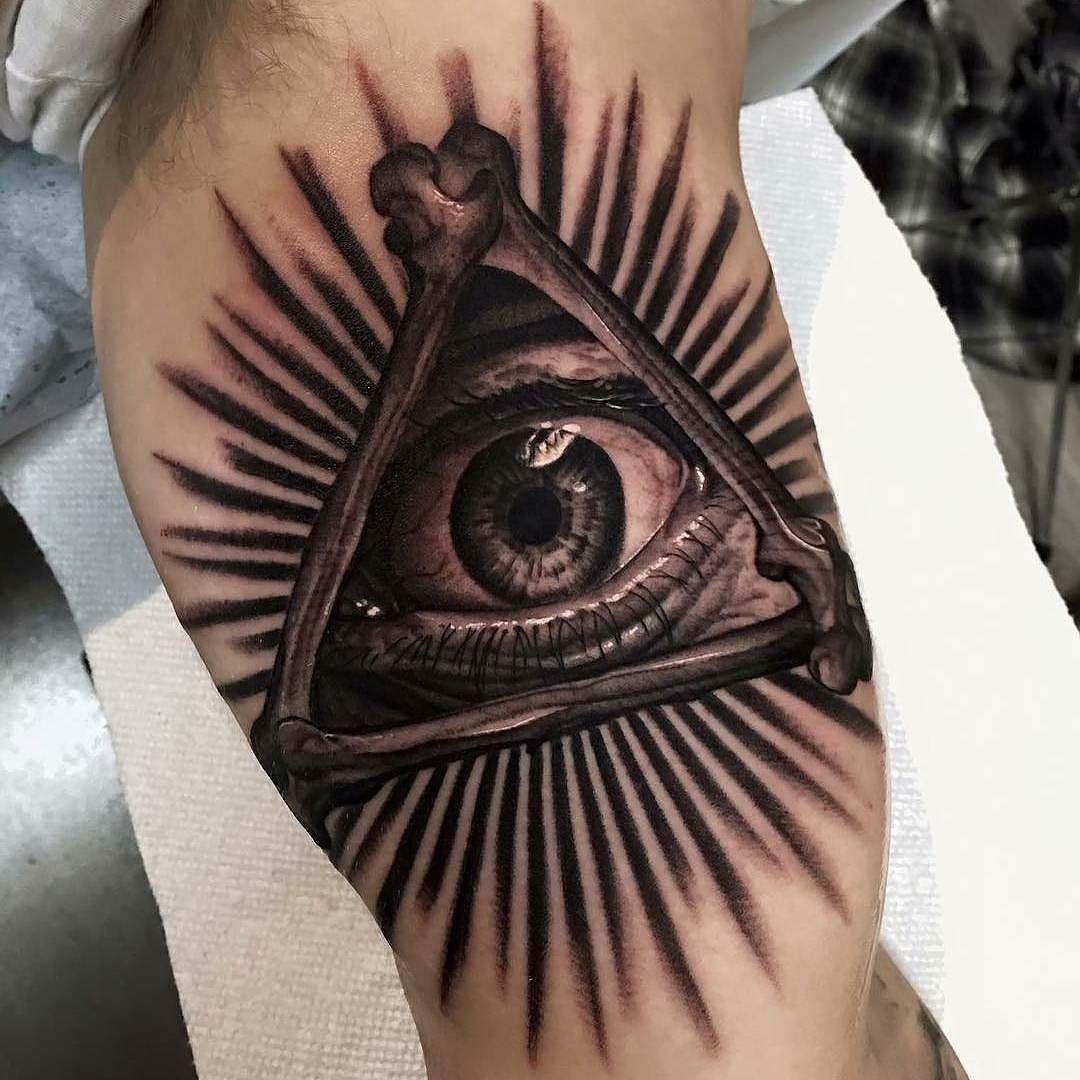 All Seeing Eye tattoo by jakerosstattoos at Everlast