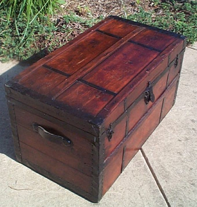 403 Restored Civil War Flat Top Antique Trunks For Sale And Available Antique Trunk Trunks For Sale Antiques
