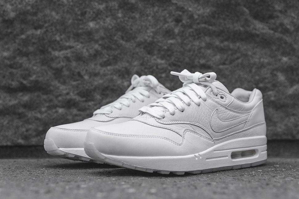 quality design d5e6a 31e2e Nike Drops Two Premium Air Max 1 Pinnacle Colorways | Shoes ...