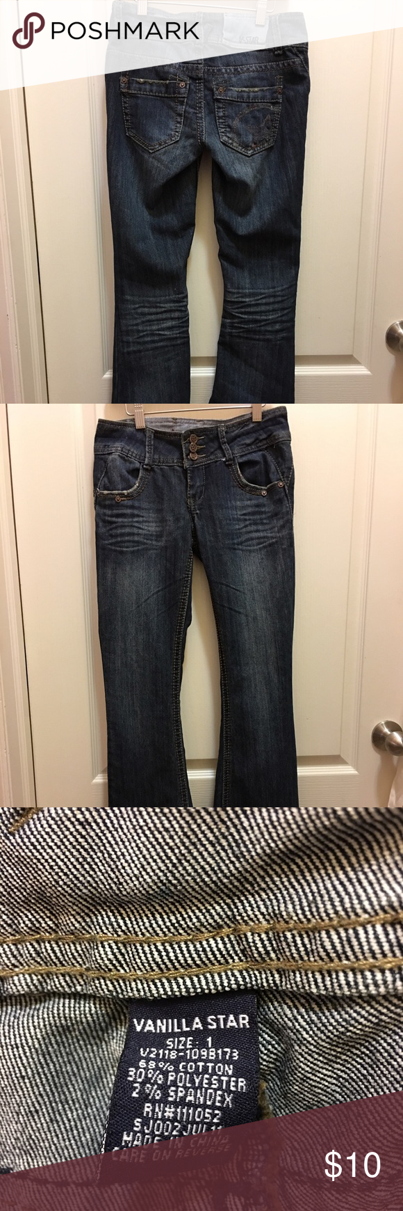 "Juniors Size 1 Vanilla Star Flare leg jeans Vanilla star jeans in excellent condition.  Size 1 31"" inseam. Vanilla Star Jeans Flare & Wide Leg"