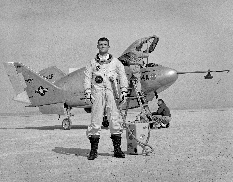 Tutte le dimensioni |1971 ... X-24 Maj. Cecil Powell- Edwards AFB | Flickr – Condivisione di foto!