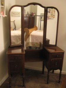 Antique Dressing Table With Trifold Mirror