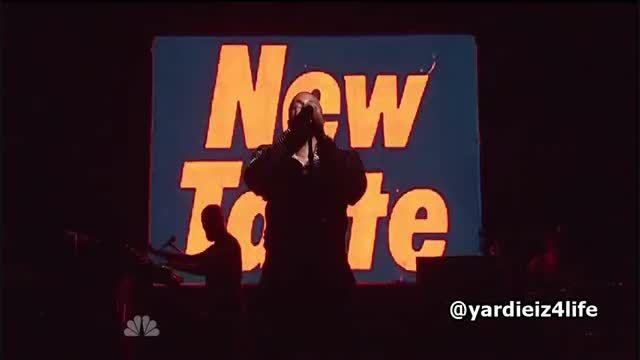 Kanye West Performed Black Skinheads On Snl Good Music Broadway Shows Kanye West