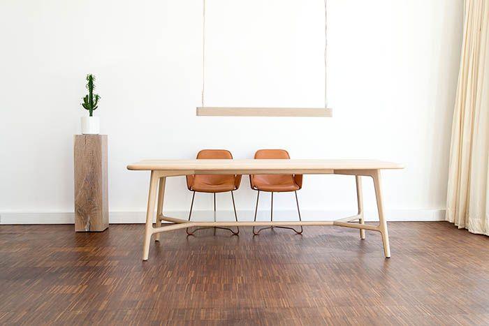 Skandinavisch Wohnen Mit MBzwo LIKE   Tisch In Skandinavischem Stil Mit  Passenden Skandinavischen Stühlen. Design
