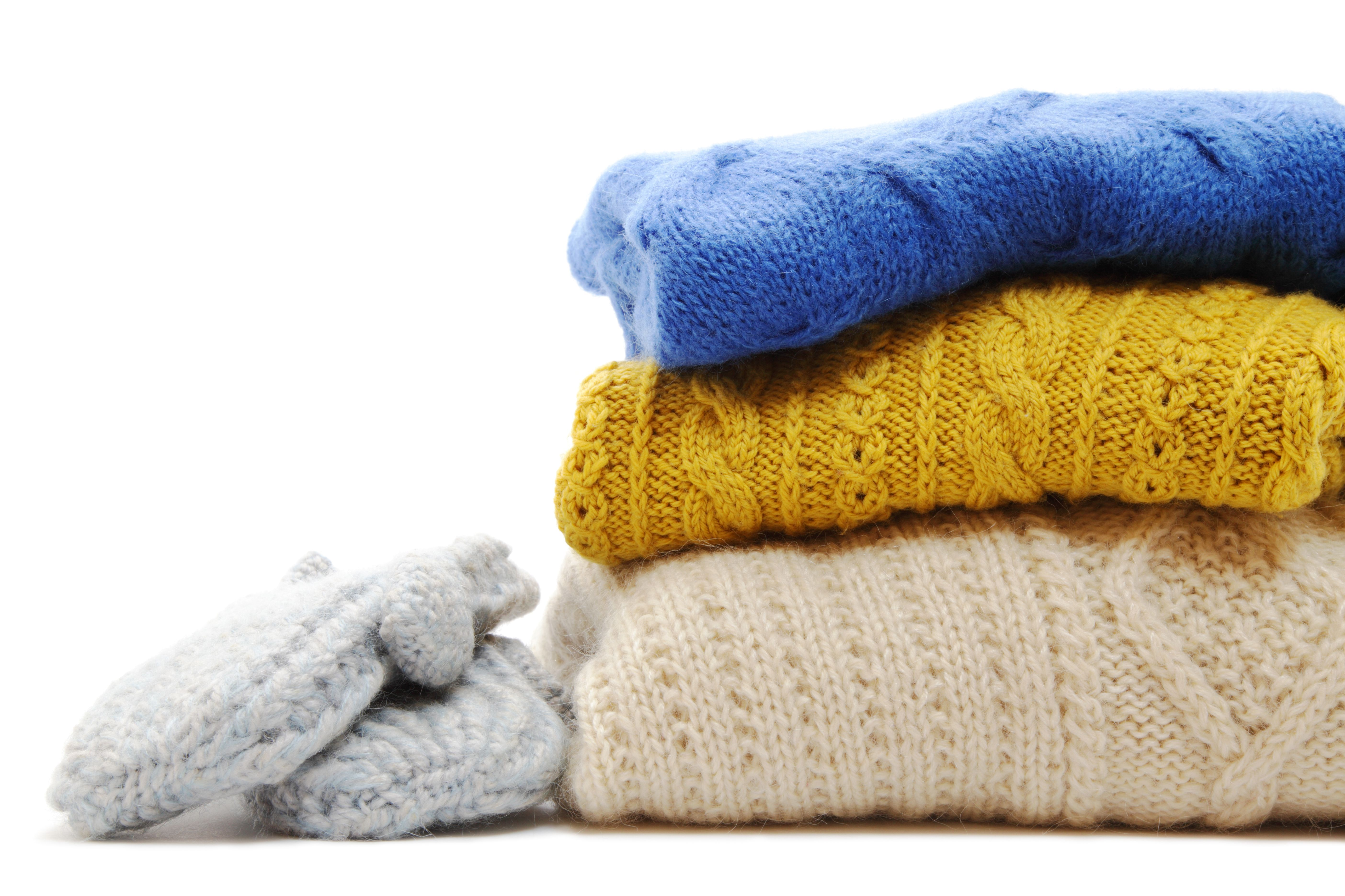 DIY: 6 Winter Warmers from Upcycled Materials | Woolen ...