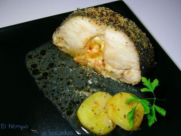 Lomo de merluza relleno : http://www.petitchef.es/recetas/entrante/lomo-de-merluza-relleno-fid-1528445
