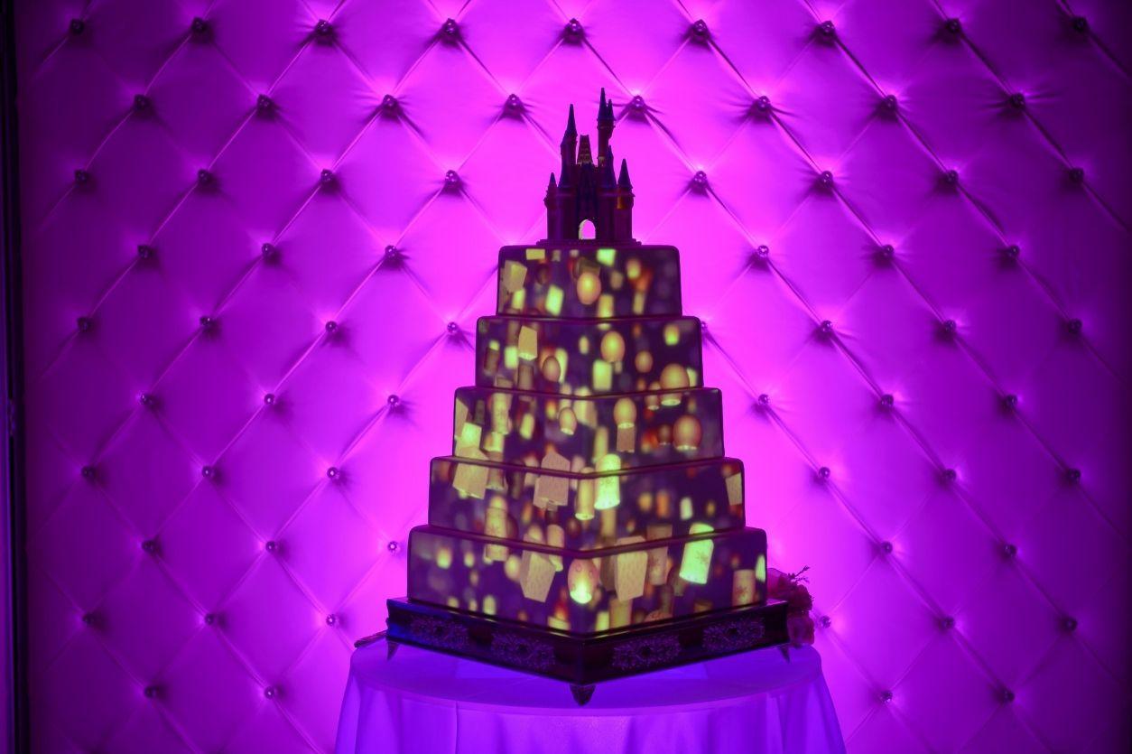 15+ Disney projection wedding cake ideas