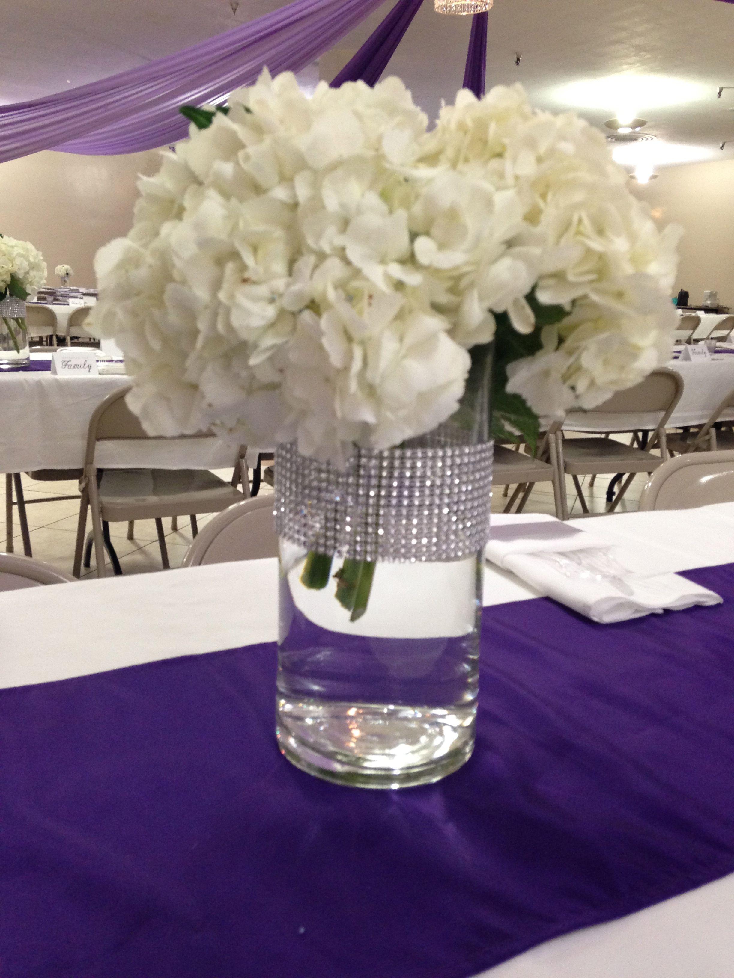 Fast easy centerpiece hydrangea in cylinder vase with bling wrap fast easy centerpiece hydrangea in cylinder vase with bling wrap reviewsmspy