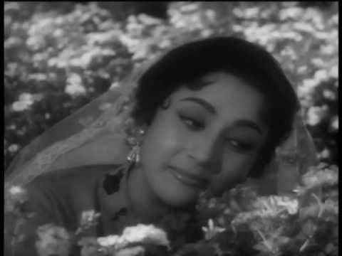 Chaand Aahein Bharega   Classic Romantic Song   Phool Bane Angaarey