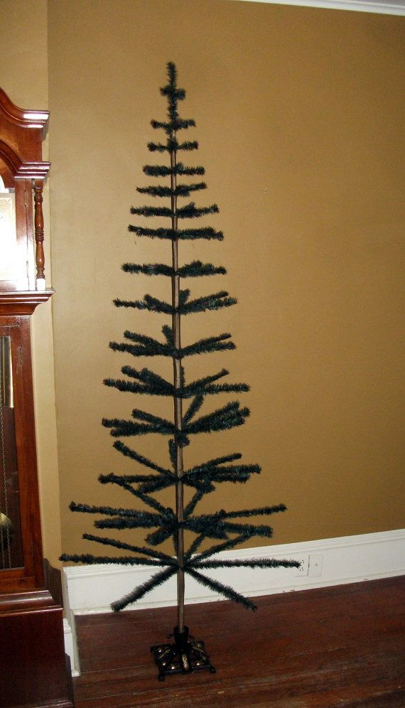 NEW!~Vintage Christmas Green Tall Berry Tree On Wood Block~Primitive//Country