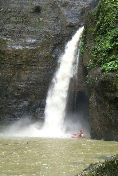 Cavinti waterfalls laguna phil