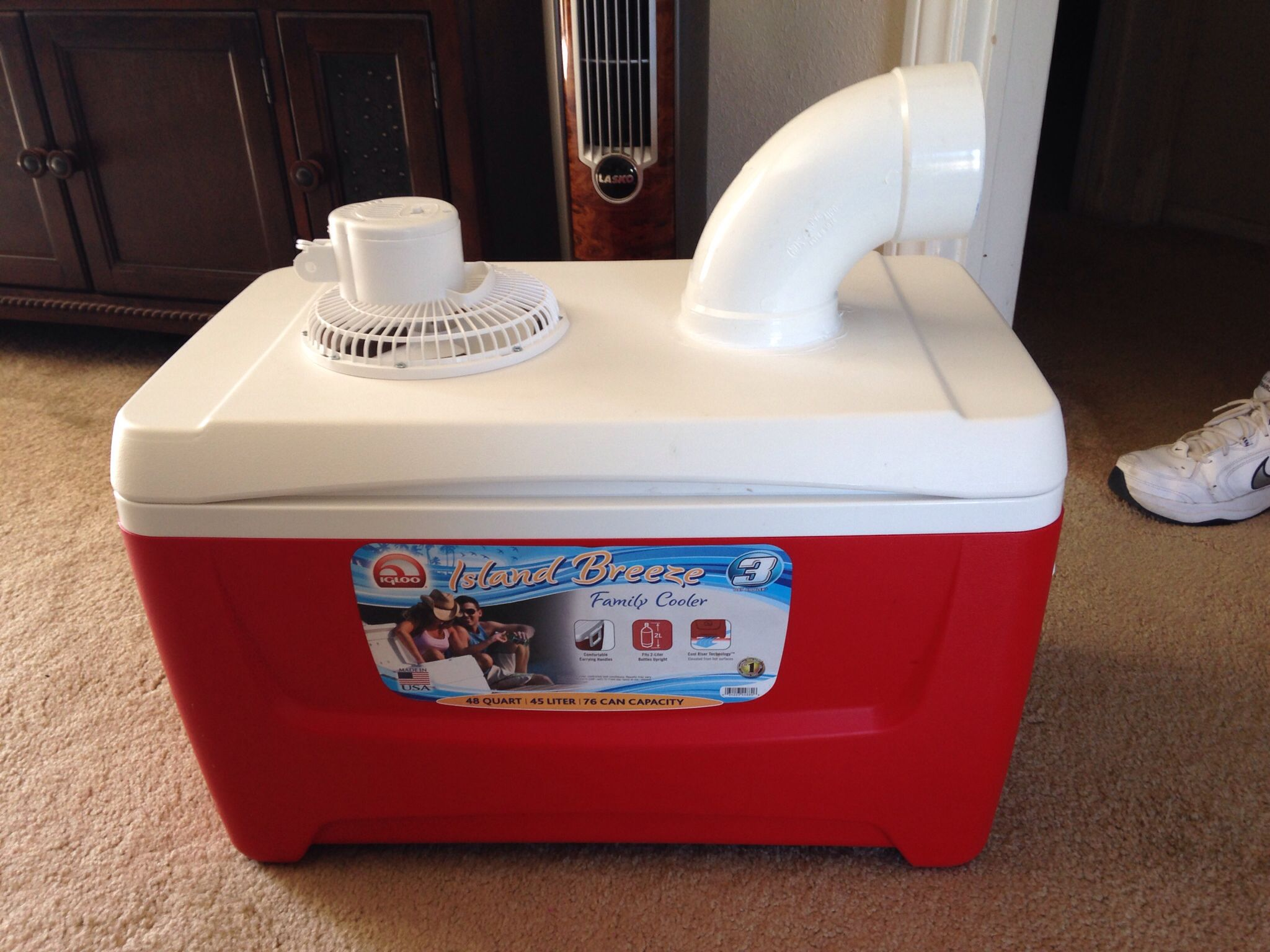 Diy Evaporative Coolers : My husband made this homemade swamp cooler in about