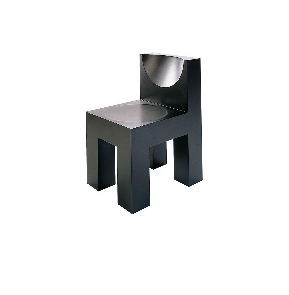 Silla moderna de escayola de madera negra x1 by for Diseno de sillas modernas de madera