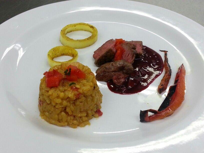 Mignon y arroz con vegetales