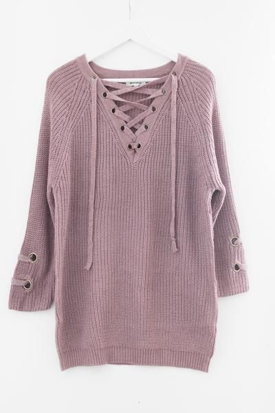 662456e800 Chunky knit sweater tunic Lace-up front Long sleeves with criss-cross strap  side detailing Slightly loose fit Size S M measures approx.
