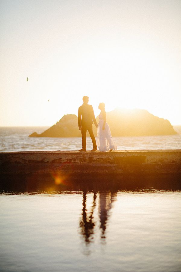 Elegant Beach Engagement Session - Once Wed | Cute couple