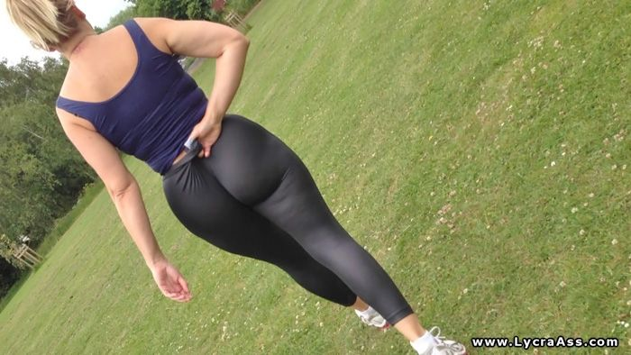 big spandex leggings with Girls in asses