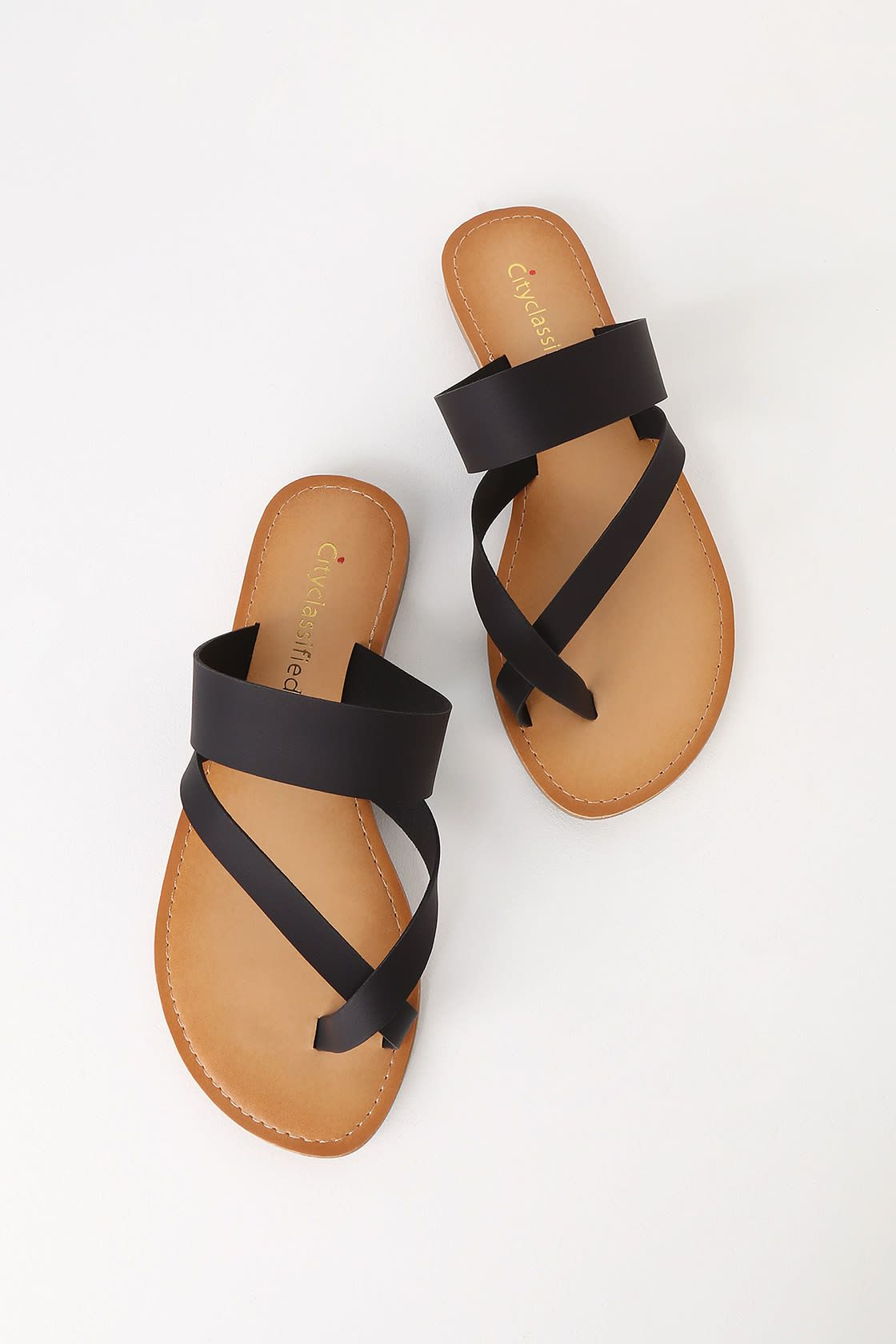 Oceanfront Black Flat Sandals   Black