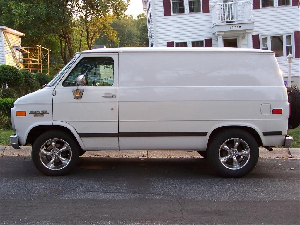 1791 Chevrolet Van For Sale 1993 Chevrolet Van Silver Spring Md Owned By Livewire2000 Page 1 At Chevrolet Van Chevy Van Van