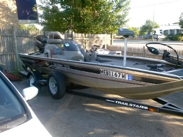 18 feet 2000 tracker pro team bass boat for sale in for Bass tracker fishing boats