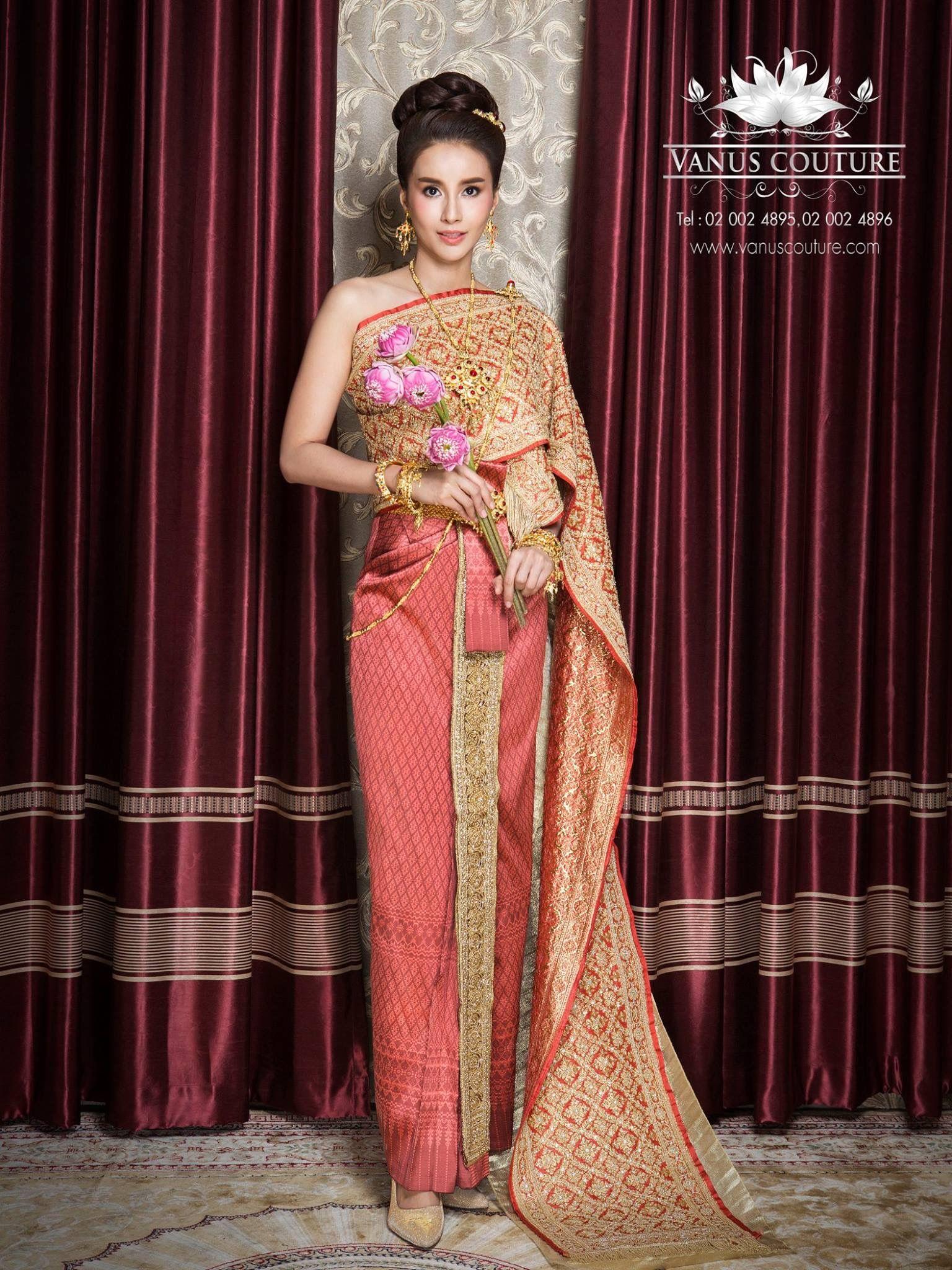 Pin von Sing Napavalai auf Thai Dresses | Pinterest