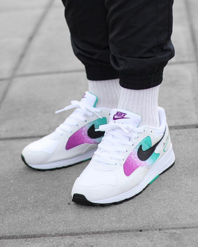 sports shoes 6b905 429eb Nike Air Skylon II