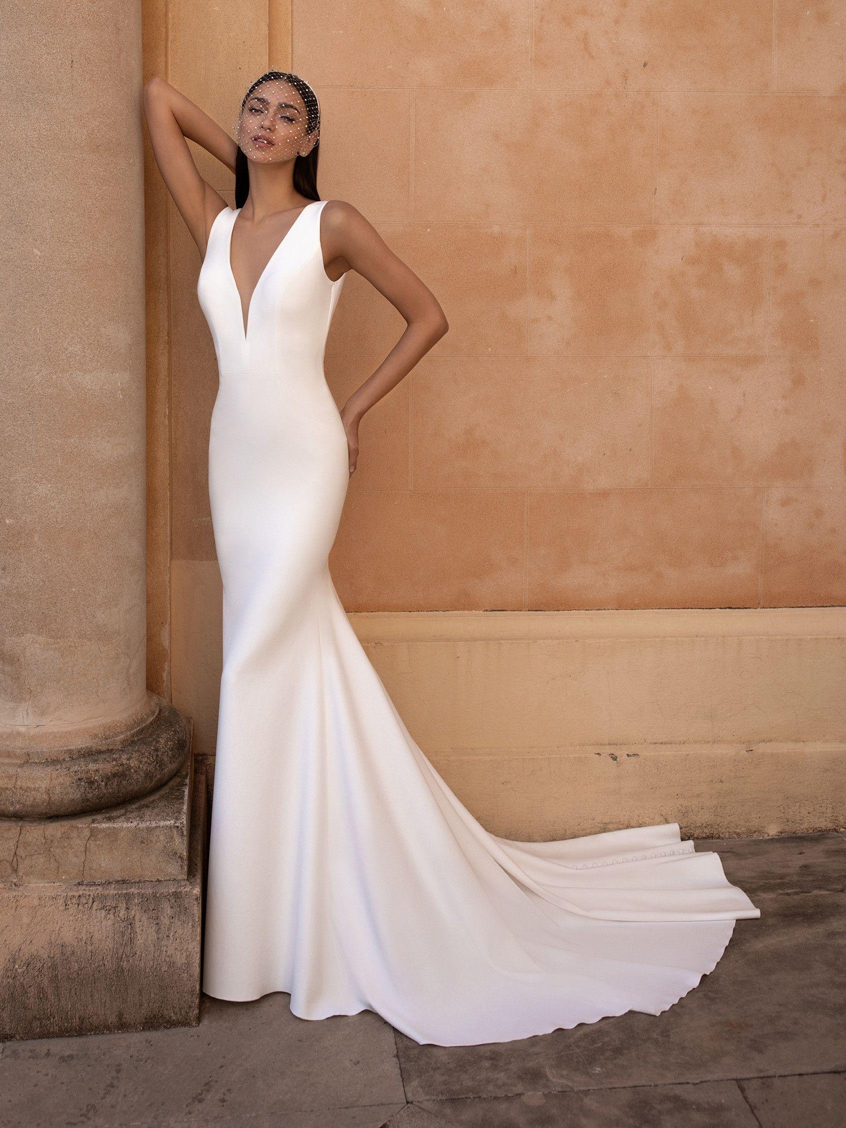 EUREKA   Pronovias   Wedding dresses   Pronovias wedding dress, V ...