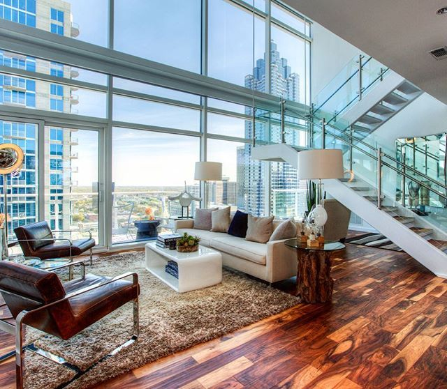 Sophisticated 3 300 Sq Ft 2 Level Atlanta Penthouse With