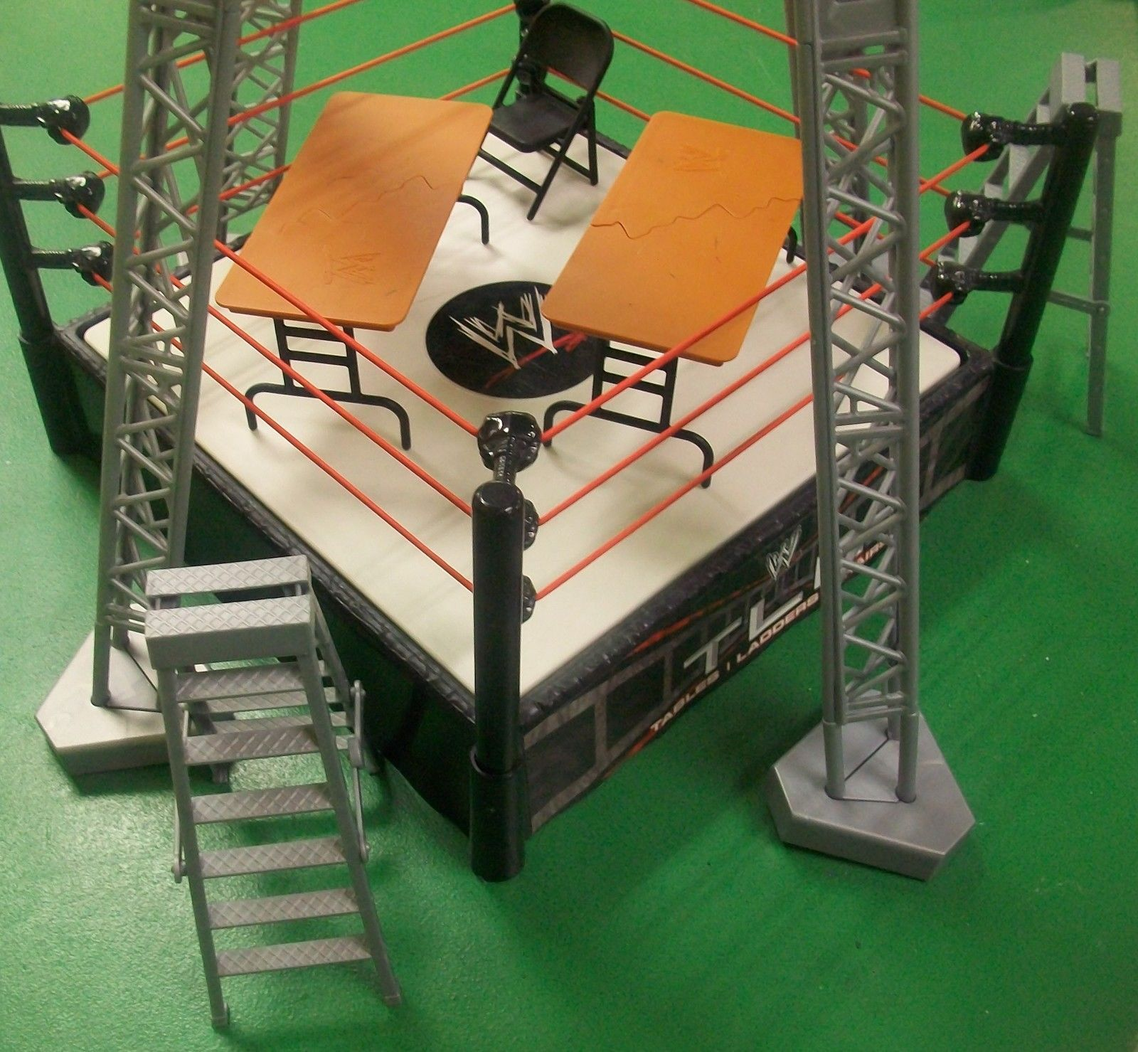 Wwe Wrestling Ring Tables Ladders Chairs Tlc Playset Kmart Exclusive Rare Wwe Wwe Wrestling Ring Playset