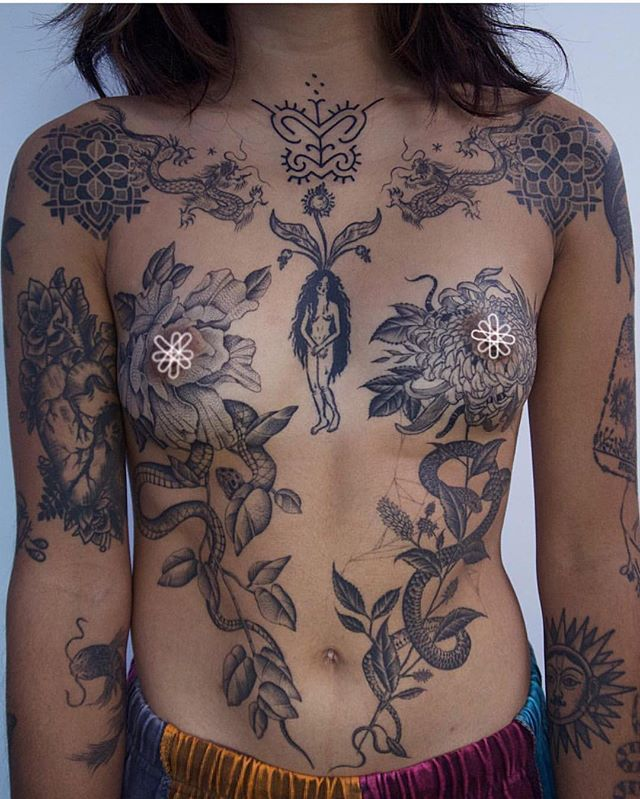 Tttism Magazine Sur Instagram More Of Tattooed Female Chests A Gorgeous Submission Chest Tattoos For Women Collar Bone Tattoo Thigh Tattoos Women