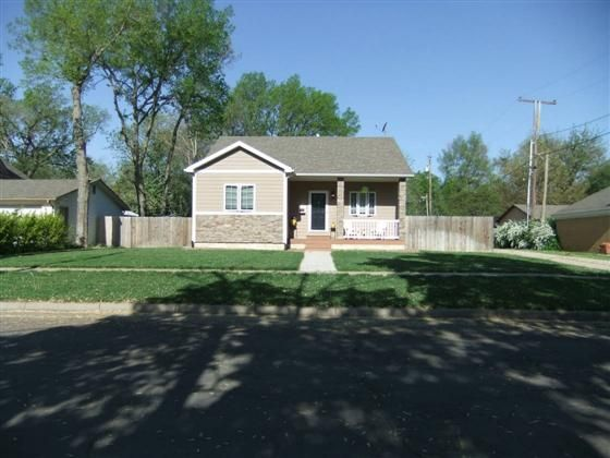 This home is a must see.  This is a wonderful location for a two bedroom home built in 2010.  The home is walking distance to Eisenhower Park the grocery store and downtown   Washer and dryer are on the main floor.  Buyer can easily add a third bedroom in the basement.  Please contact Katie Lady with Ethrington Real Estate 785-479-0306.