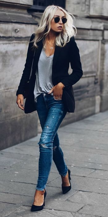 Match + denim jeans + blazer + effortlessly chic style + Lucy Connelly + rocking + navy blazer + grey V neck + jeans   Brands not specified.