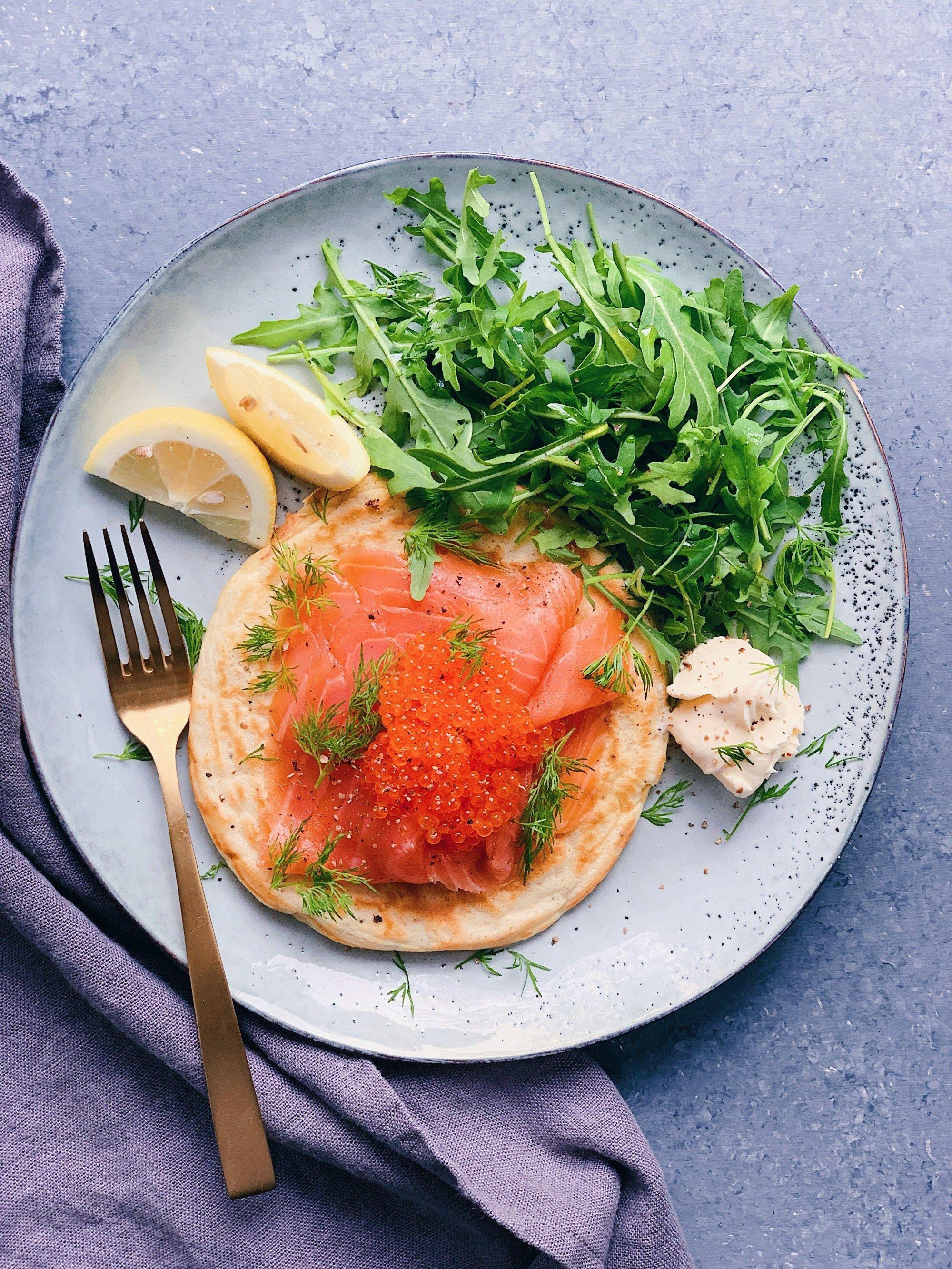 Blinis légers au saumon fumé | Recette | Recette saumon ...