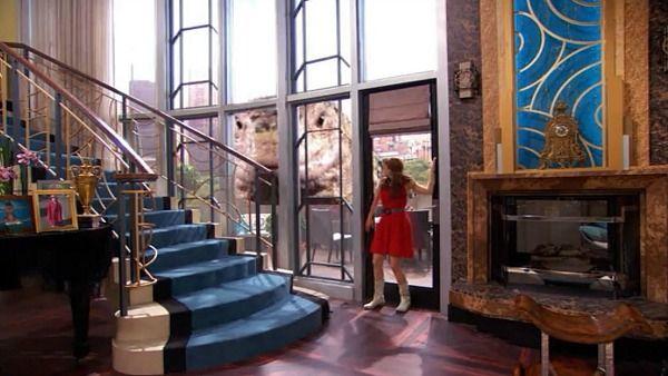 Penthouse On Disney TV Show Jessie (12) Creative Home, Jessie, Pent House