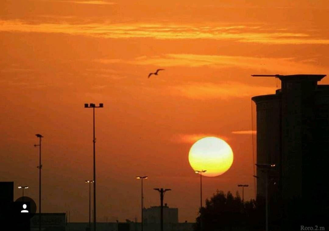 شبكة أجواء الإمارات شروق الشمس هذا اليوم من عجمان المطاردة عاشقة المطر G S Chasers Instagram Photo Instagram Posts