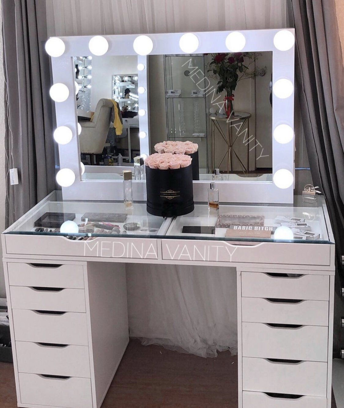 Hollywood Dream® Vanity Mirror Medina Vanity