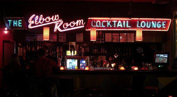 Elbo Room Chicago Il Underground Bar Chicago Food Chicago Travel