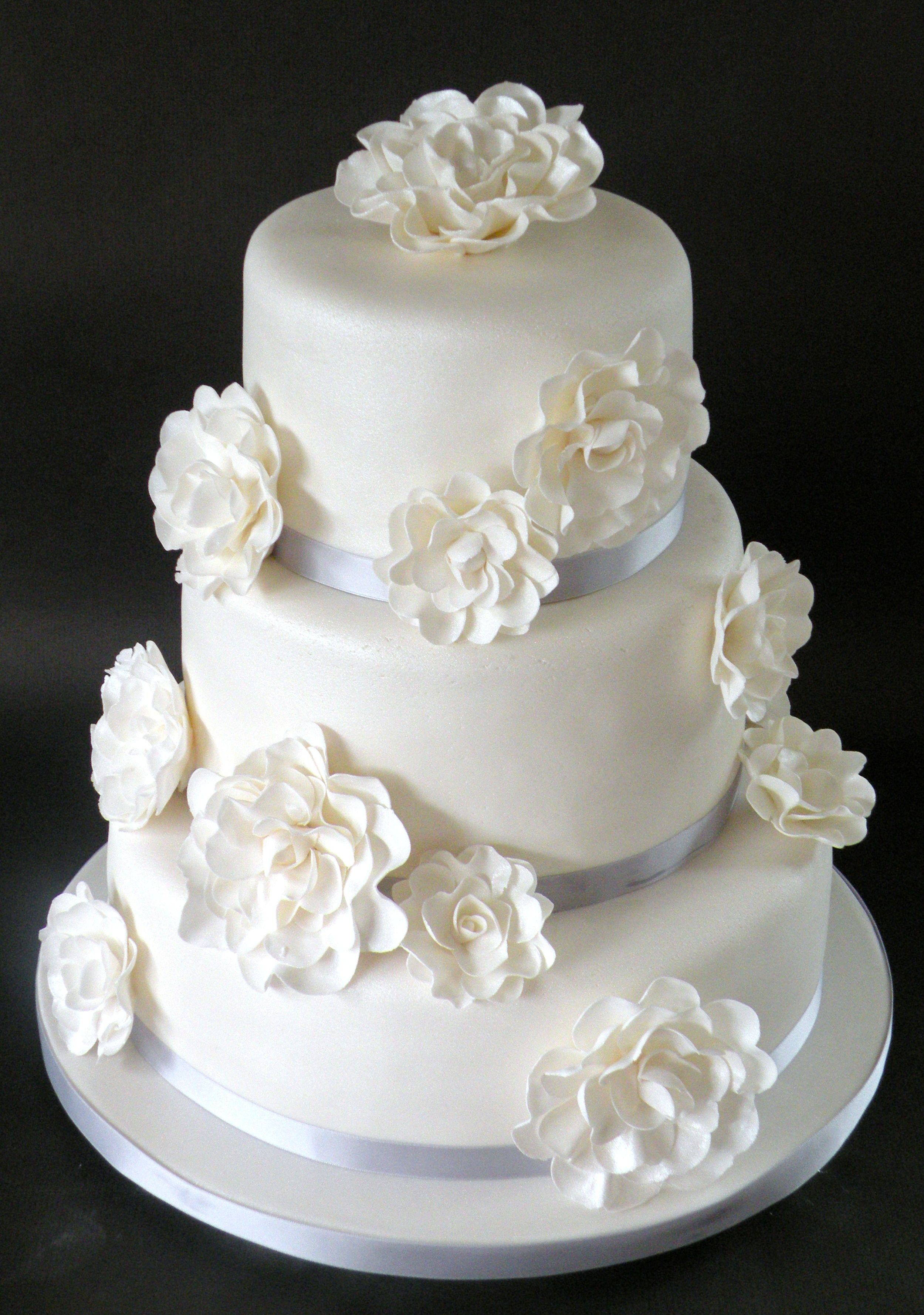 White flowers wedding cake. love the flowers. | Cupcake & cake ideas ...
