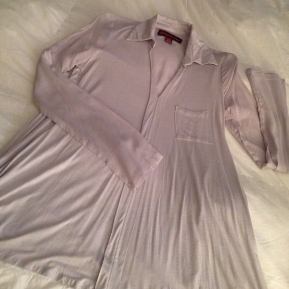 Heather Gray Top NWOT. This top is in perfect condition. Never worn. Perfect for work or to wear with jeans. Purchased from a online catalog so did not come with tags attached. Tops