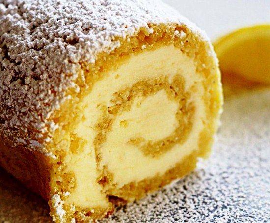 Как приготовить бисквитный рулет с нежной начинкой из мягкого сливочного сыра маскарпоне, лимонной цедры и сока – читайте на сайте Лучшие рецепты для духовки